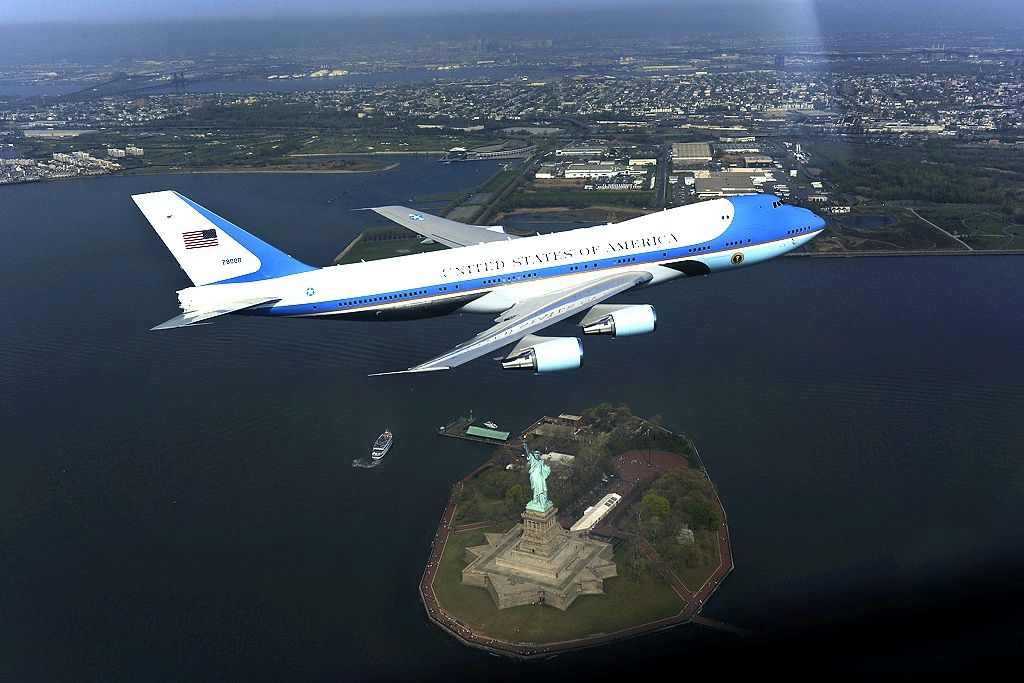 air force one Air Force One   The Safest Airplane in the World
