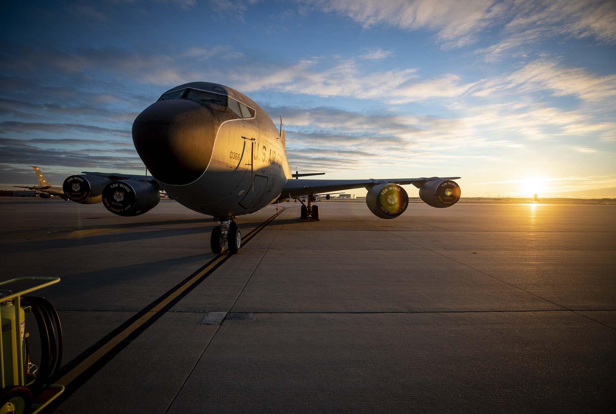 boeing kc 135 Boeing KC 135R Stratotanker Photos