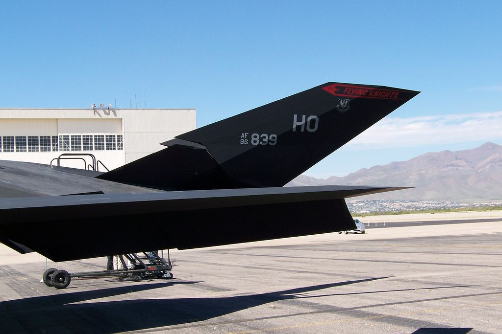 f 1174 Lockheed F 117 Nighthawk Still in Service