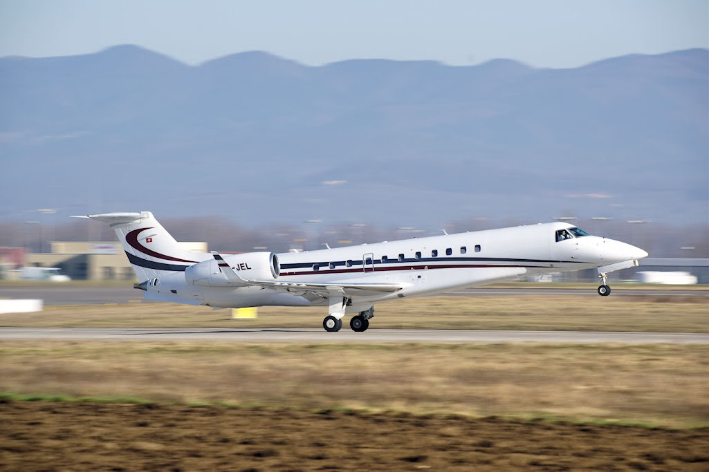 embraer jet11 Private Jet Embraer Legacy
