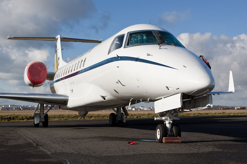 embraer jet16 Private Jet Embraer Legacy