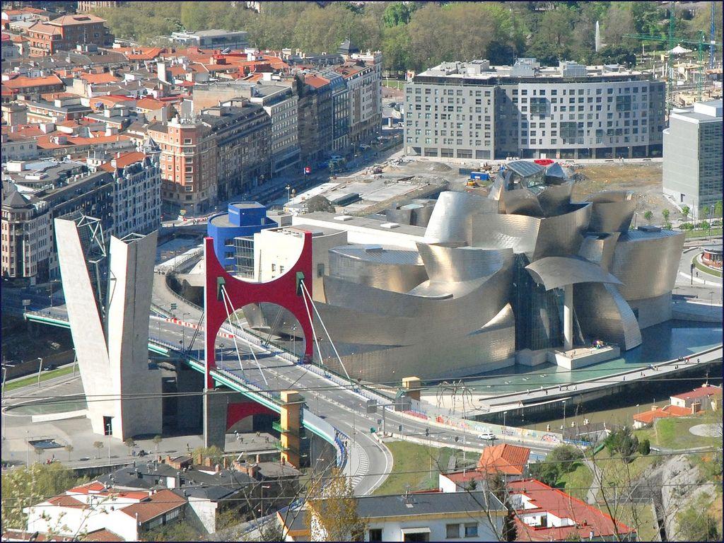 guggenheim museum16 Amazing Building of Guggenheim Museum in Bilbao