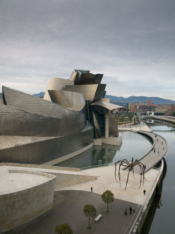guggenheim museum5 Amazing Building of Guggenheim Museum in Bilbao