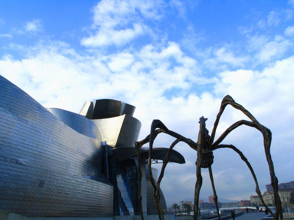 guggenheim museum8 Amazing Building of Guggenheim Museum in Bilbao