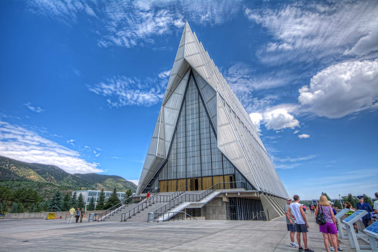 air force academy Amazing Buildings   Air Force Academy Chapel