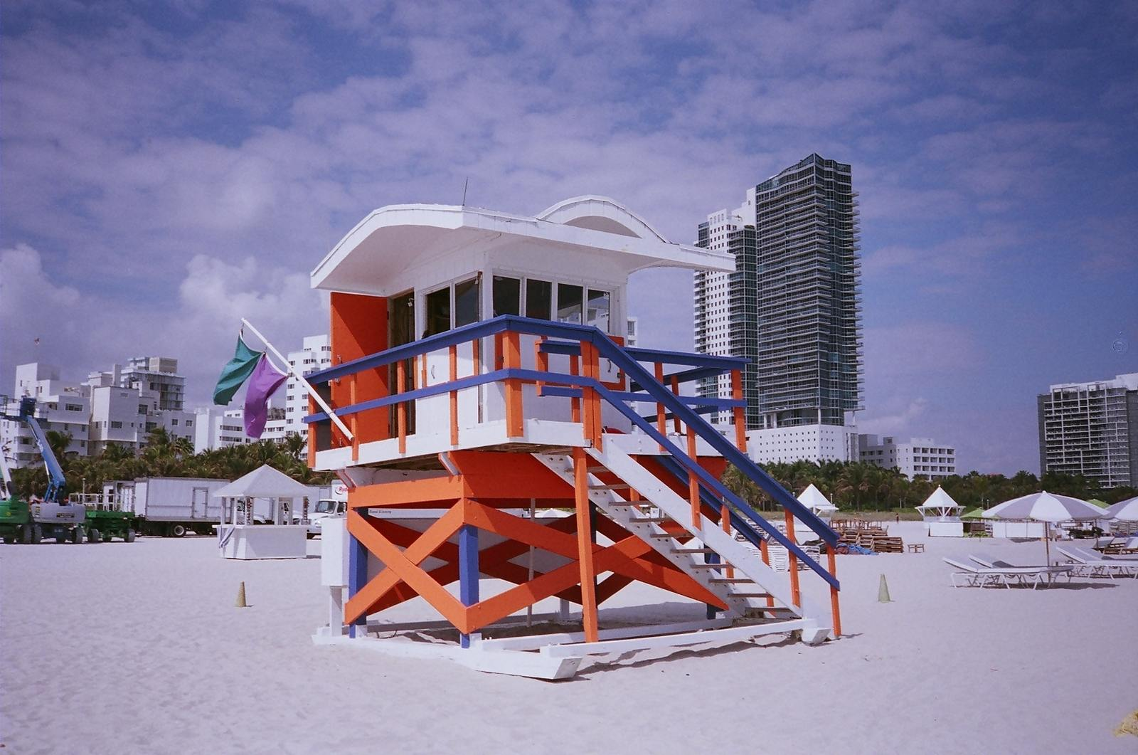 lifeguard station miami16 Art Deco Lifeguard Stations of Miami Beach