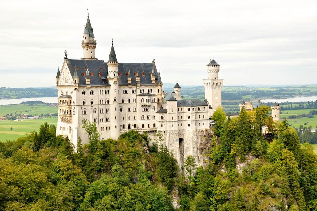 neuschwanstein castle1 Fairy Tale Castle Neuschwanstein in Bavaria