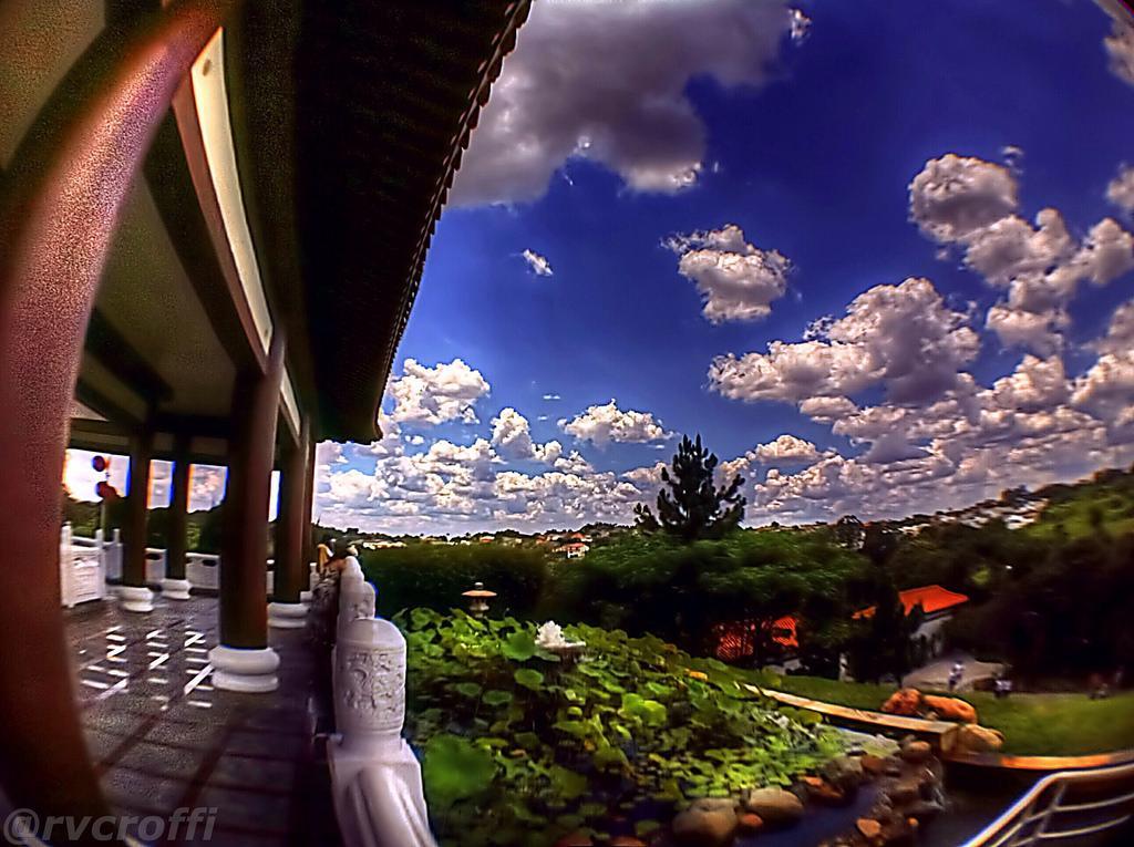 zu lai2 HDR Zu Lai Temple in Sao Paulo, Brasil by iPhone
