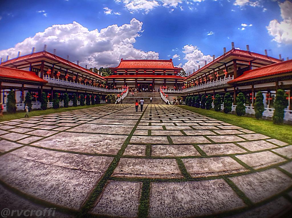 zu lai3 HDR Zu Lai Temple in Sao Paulo, Brasil by iPhone