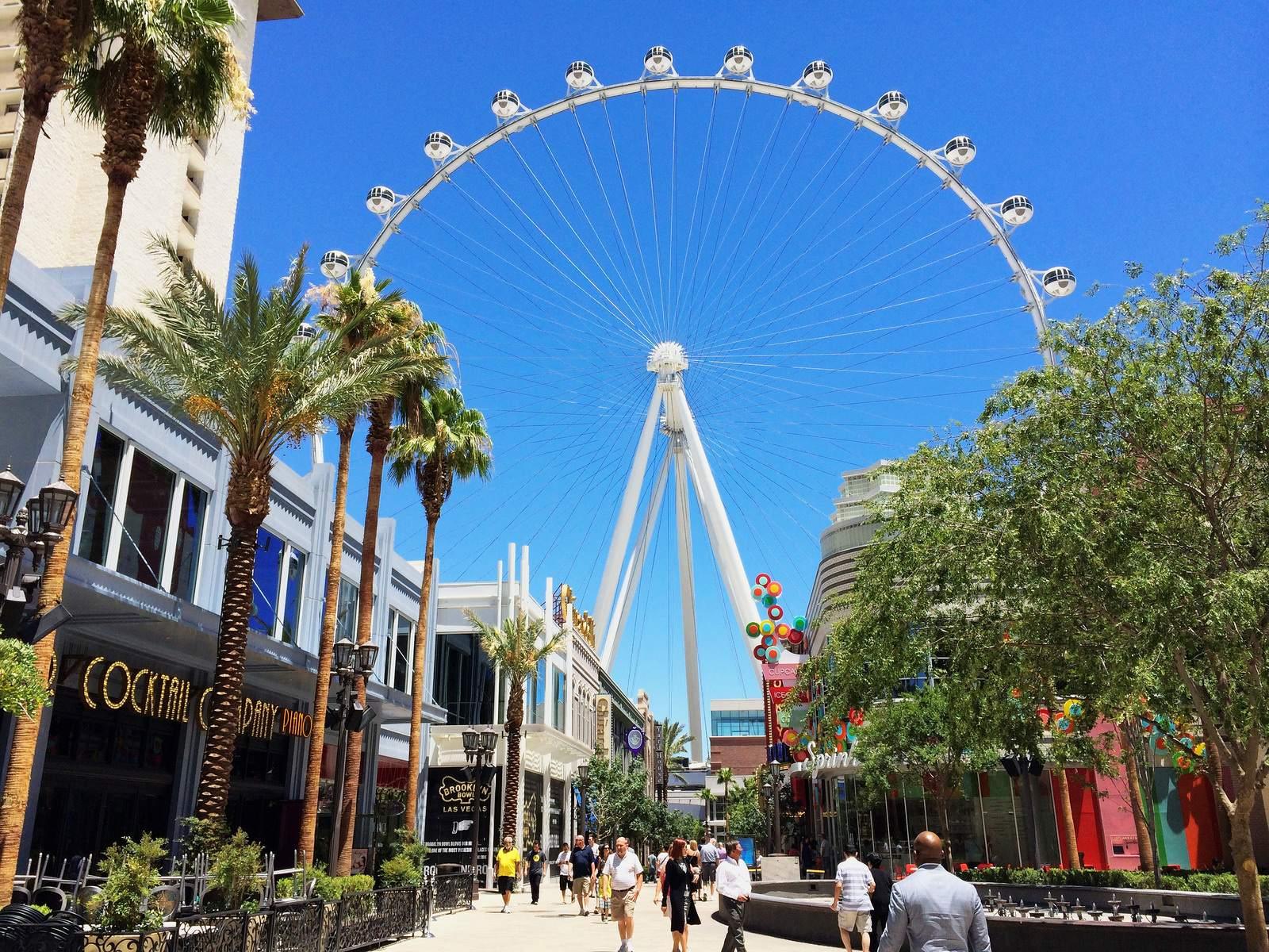 high roller High Roller   The worlds Tallest Ferris Wheel