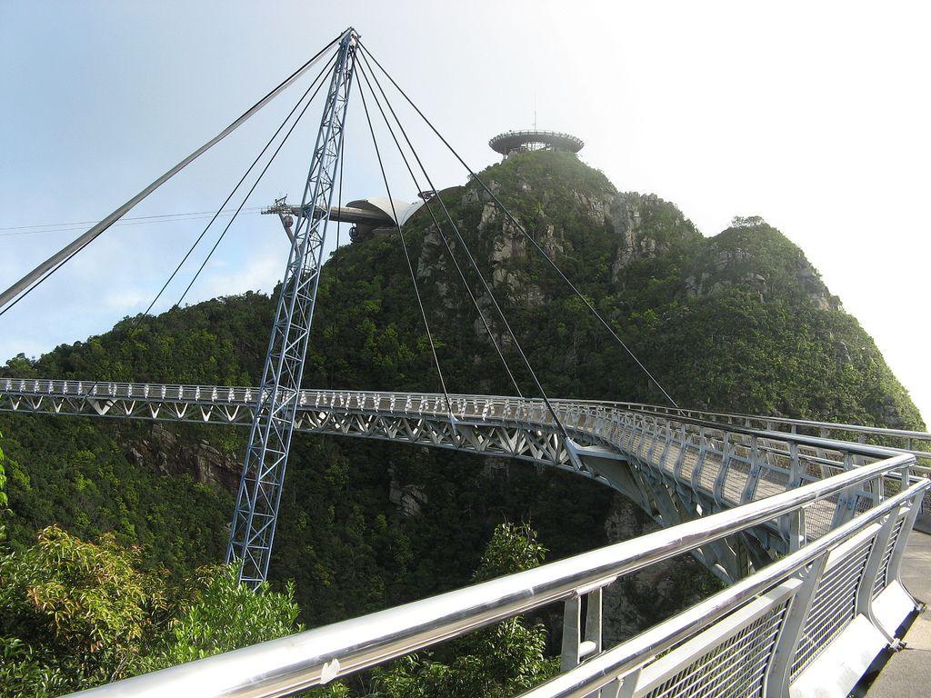 langkawi bridge4 Langkawi Sky Bridge in Malaysia