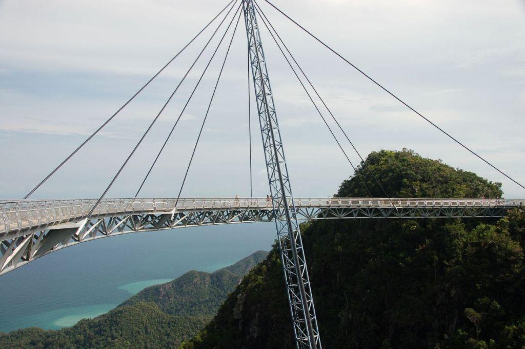 langkawi bridge6 Langkawi Sky Bridge in Malaysia