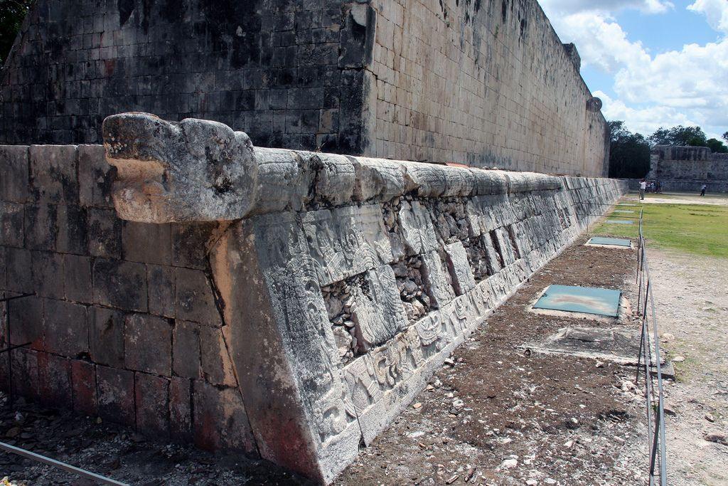 chichen itza1 Mysterious Chichen Itza   Mayan Ruins in Mexico