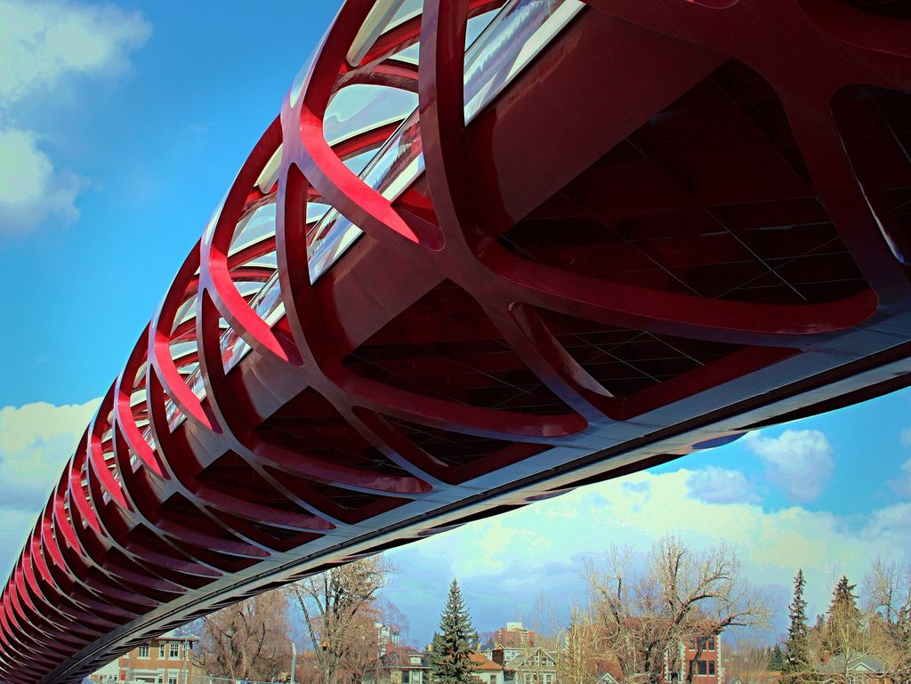 peace bridge1 Peace Bridge by Santiago Calatrava, Calgary