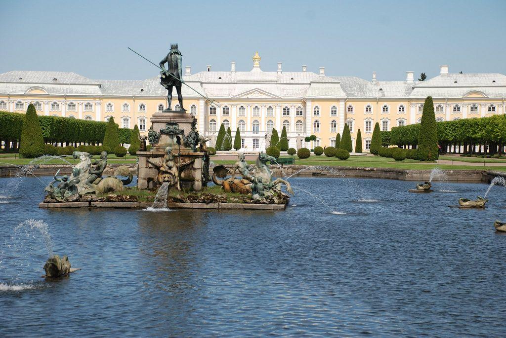 peterhof8 Peterhof   The Russian Versailles