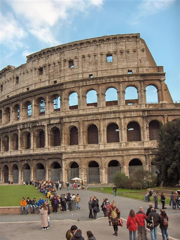 rome colosseum Rome Colosseum An Imposing and Beautiful Sight