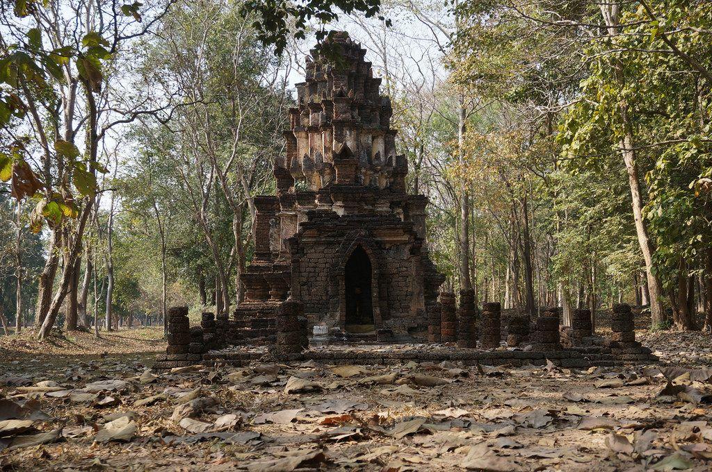 satchanalai2 Si Satchanalai Historical Park in Thailand