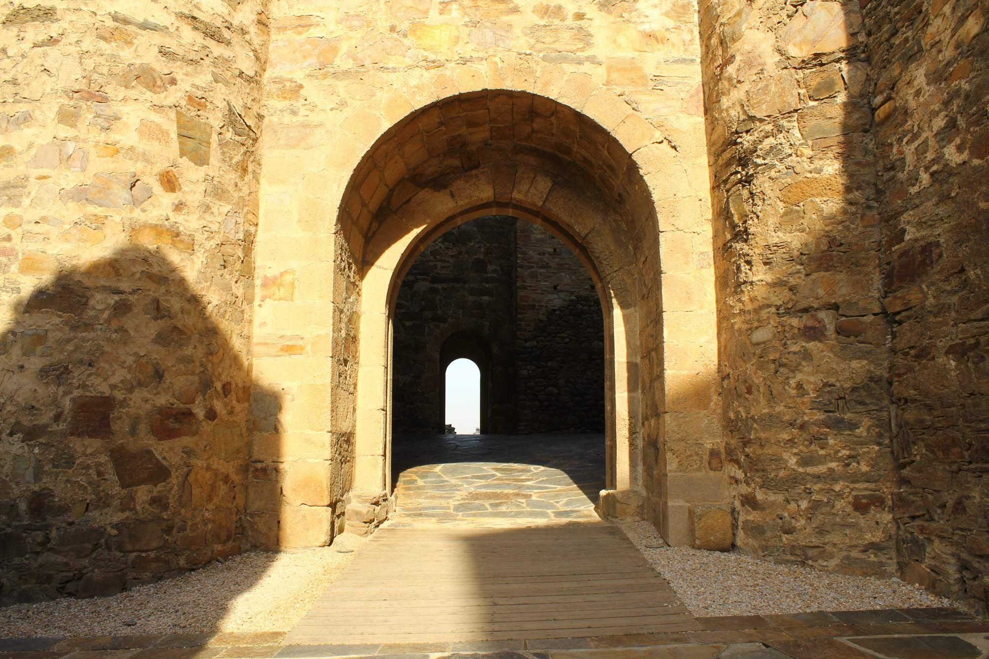 castle ponferrada11 Templar Castle of Ponferrada, Spain