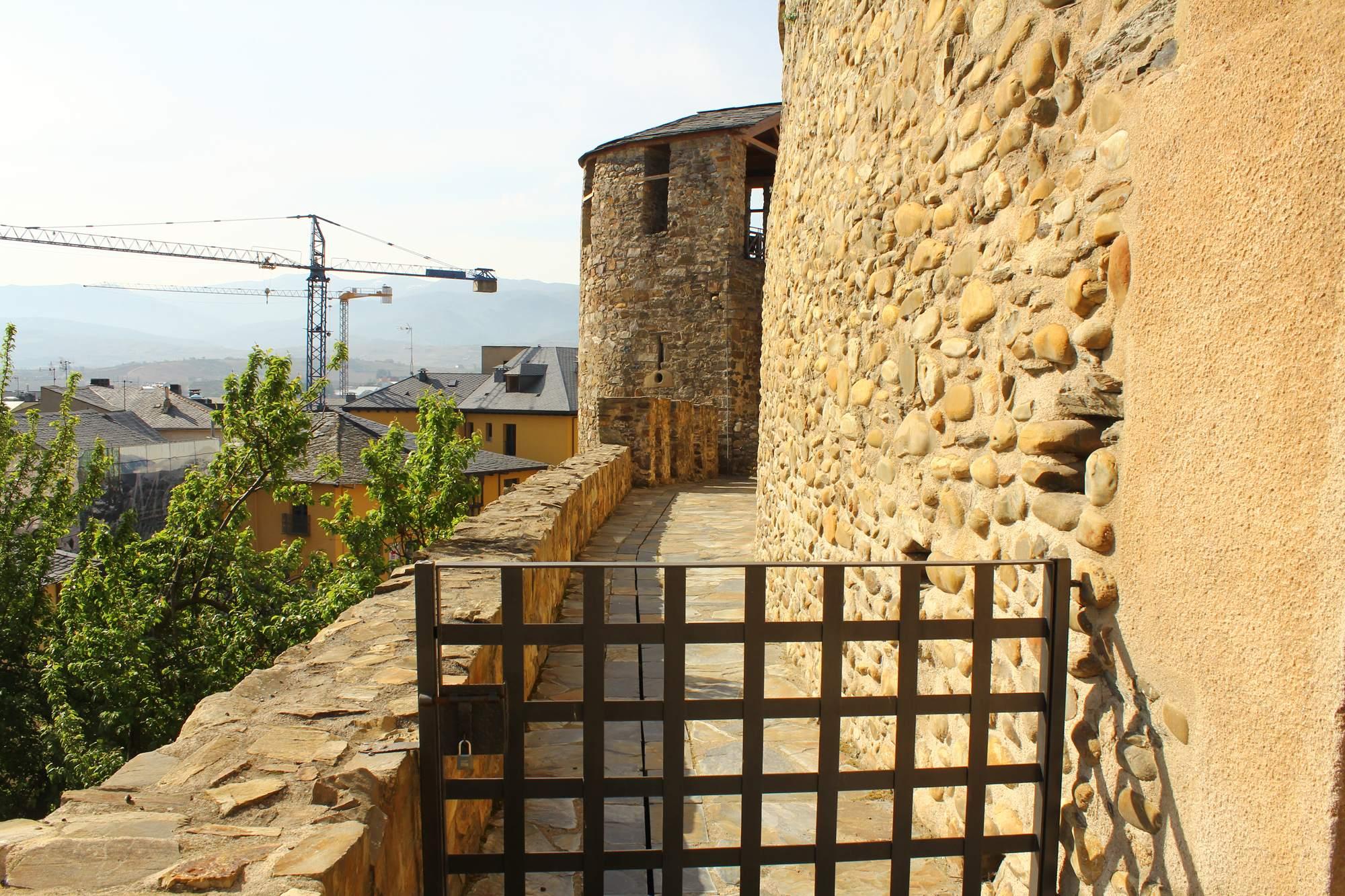 castle ponferrada17 Templar Castle of Ponferrada, Spain