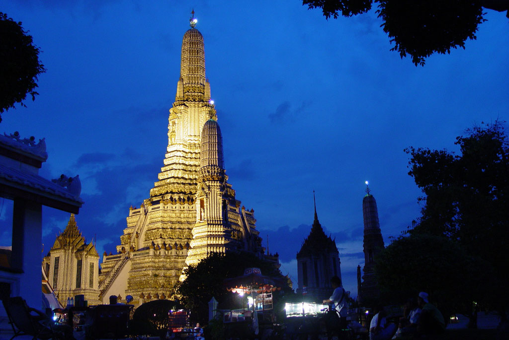 wat arun9 Things to Do in Bangkok Wat Arun