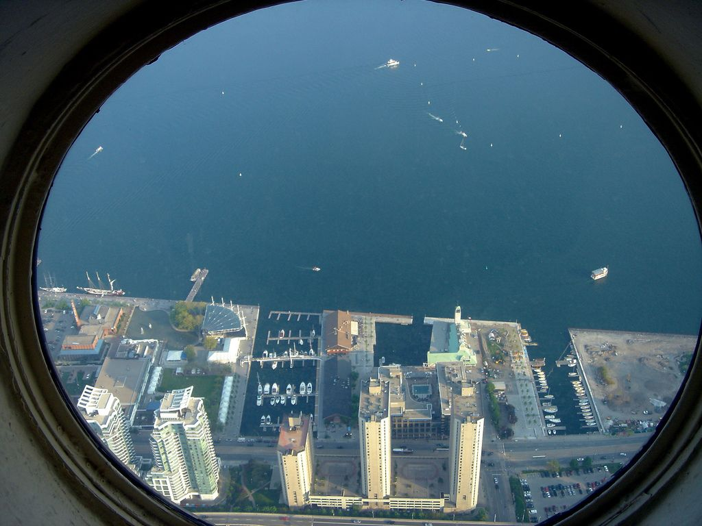 cn tower14 CN Tower   Toronto Landmark