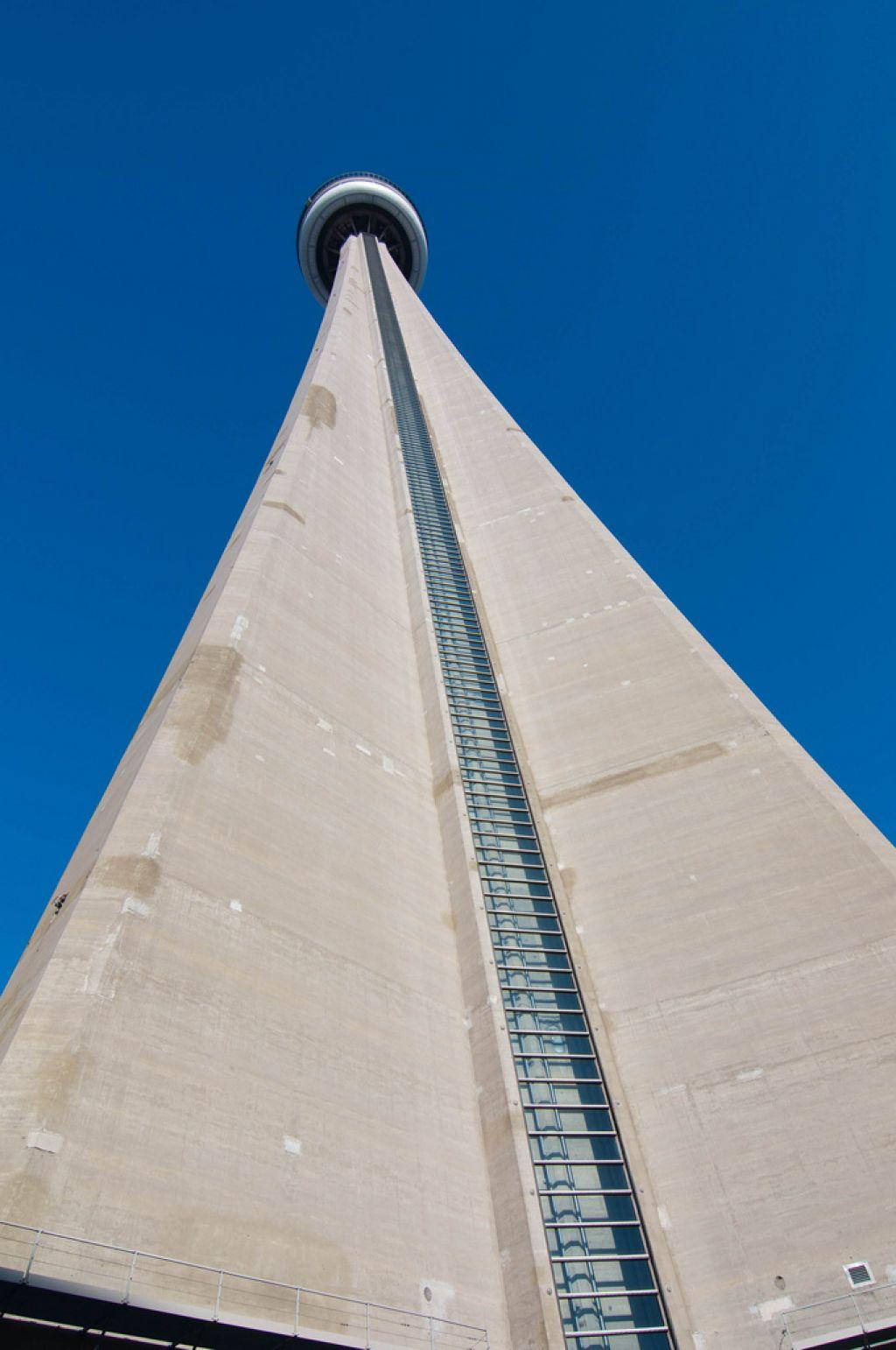cn tower5 CN Tower   Toronto Landmark