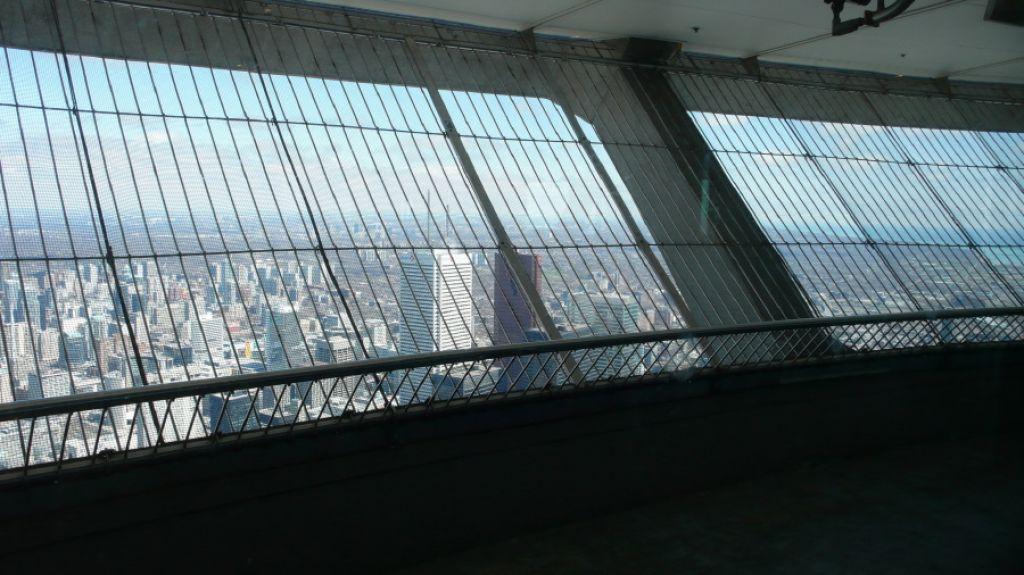 cn tower6 CN Tower   Toronto Landmark