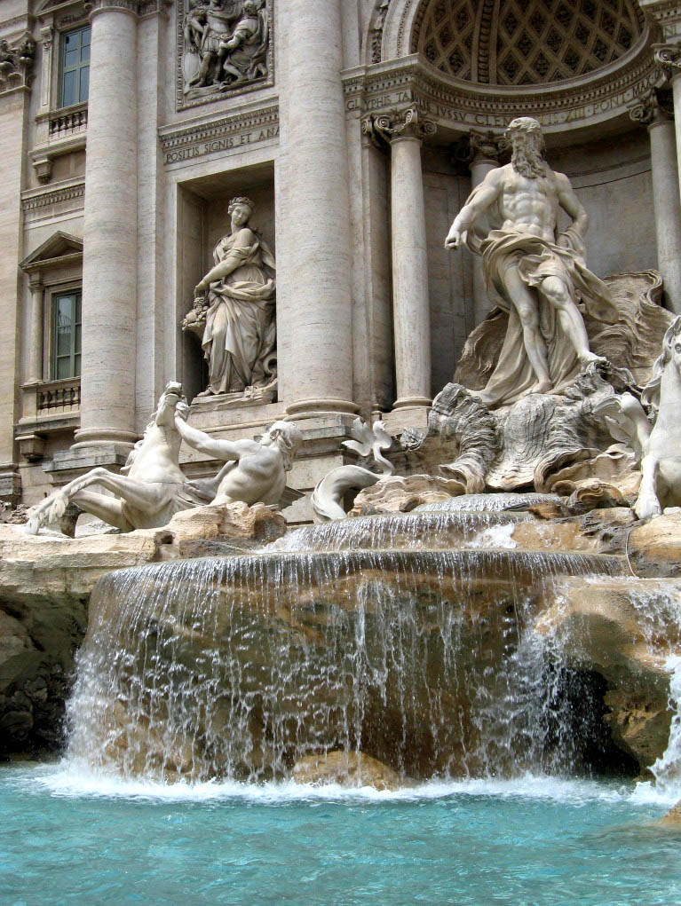 fountain trevi4 Trevi Fountain   The Most Famous Fountain of All