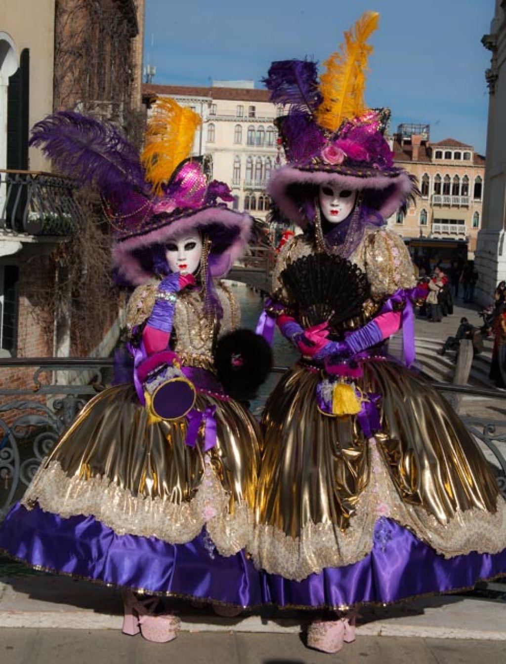 venice carnival5 Carnival Costumes at Santa Maria della Salute