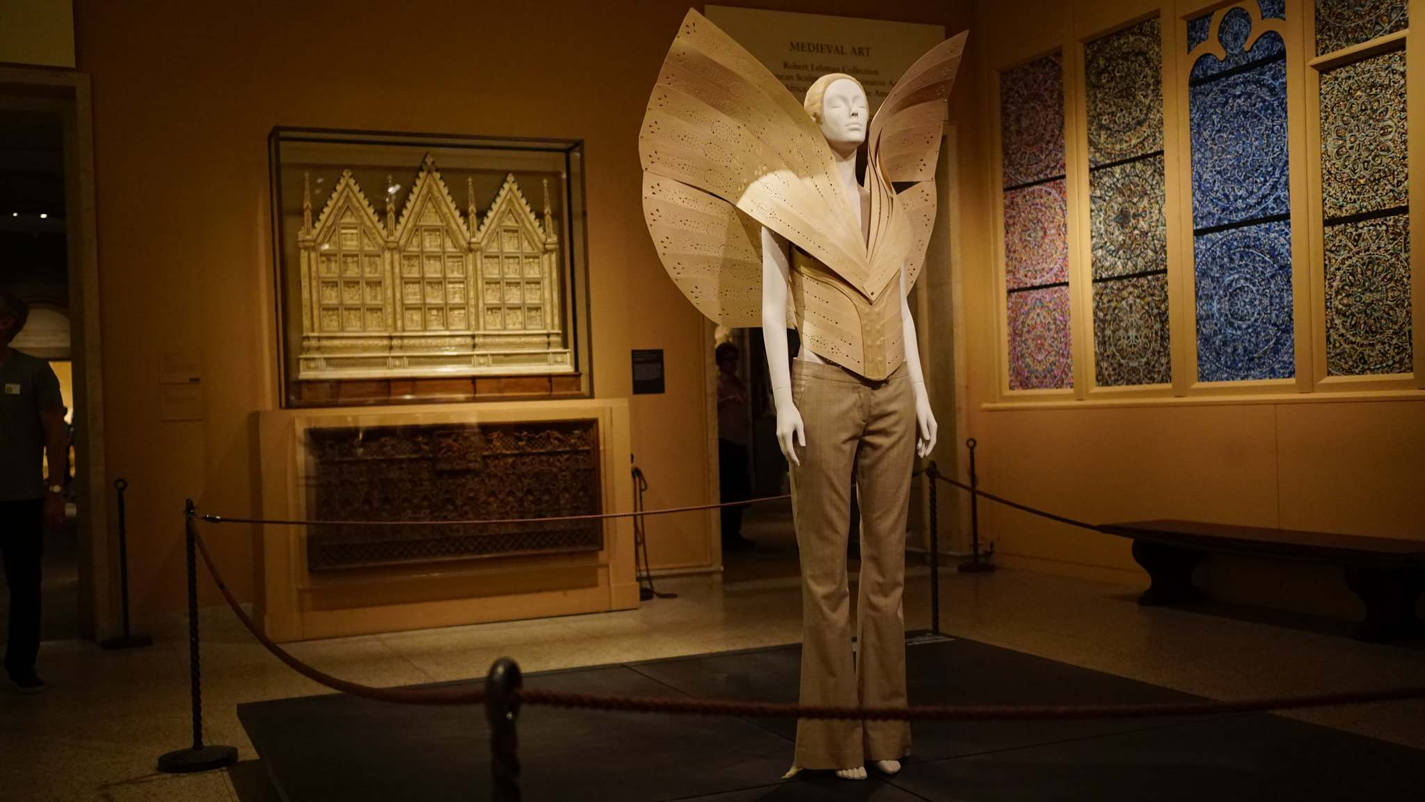 heavenly bodies12 Heavenly Bodies: Fashion and the Catholic Imagination in MET