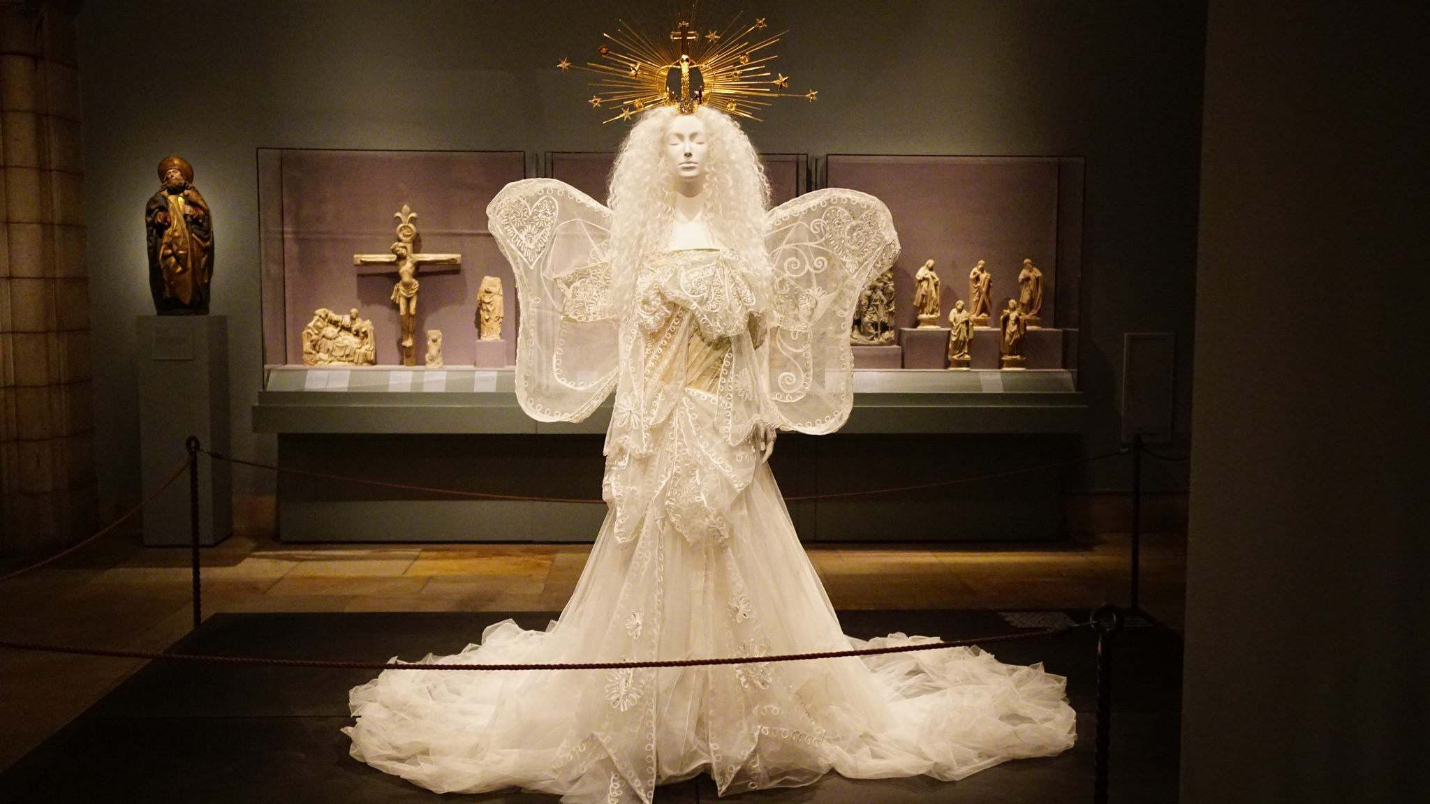 heavenly bodies8 Heavenly Bodies: Fashion and the Catholic Imagination in MET