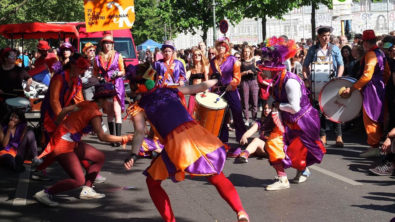 karnevalderkulturen6 KdK   Karneval der Kulturen in Berlin (Carnival of Cultures)