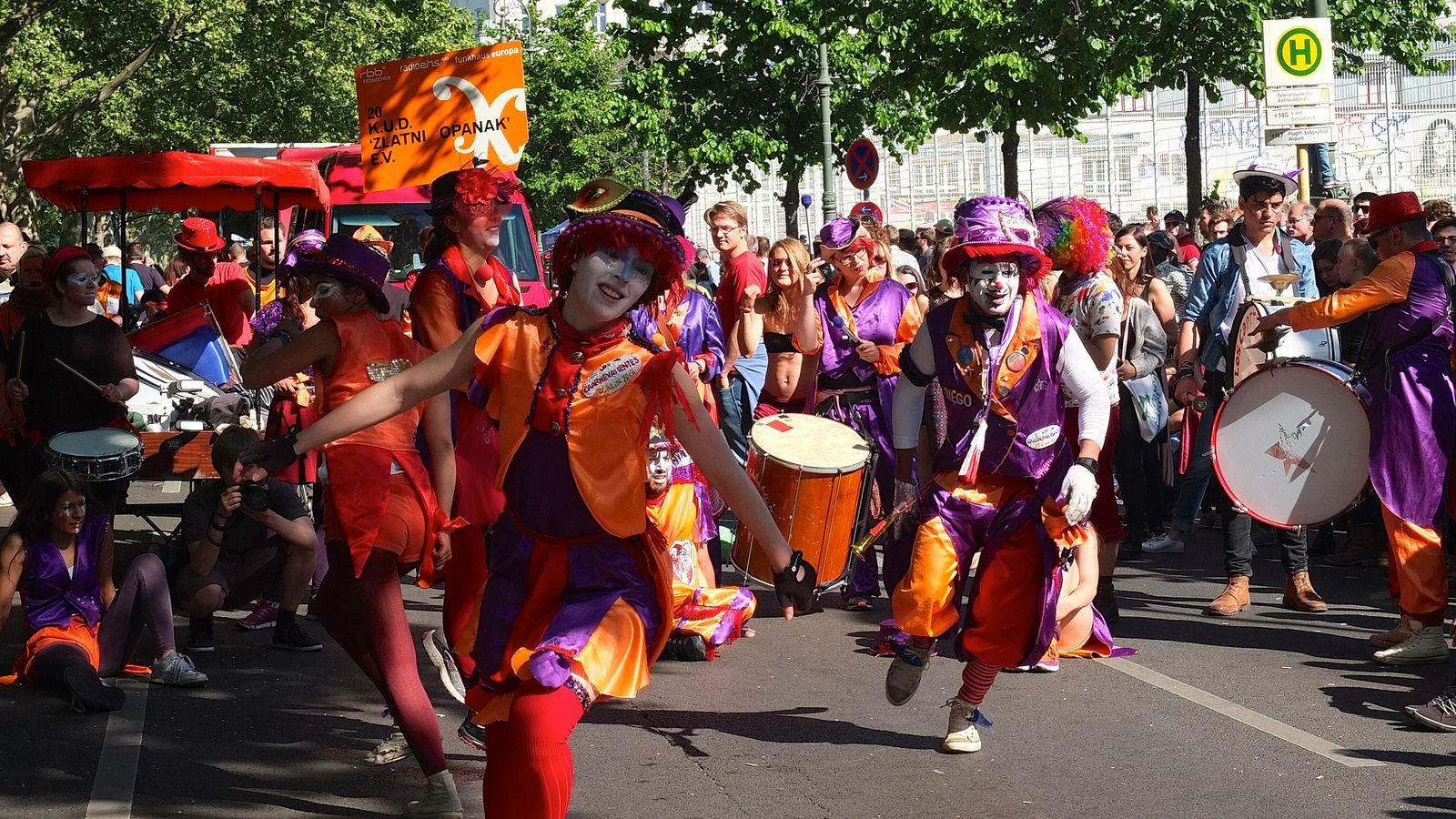 karnevalderkulturen7 KdK   Karneval der Kulturen in Berlin (Carnival of Cultures)