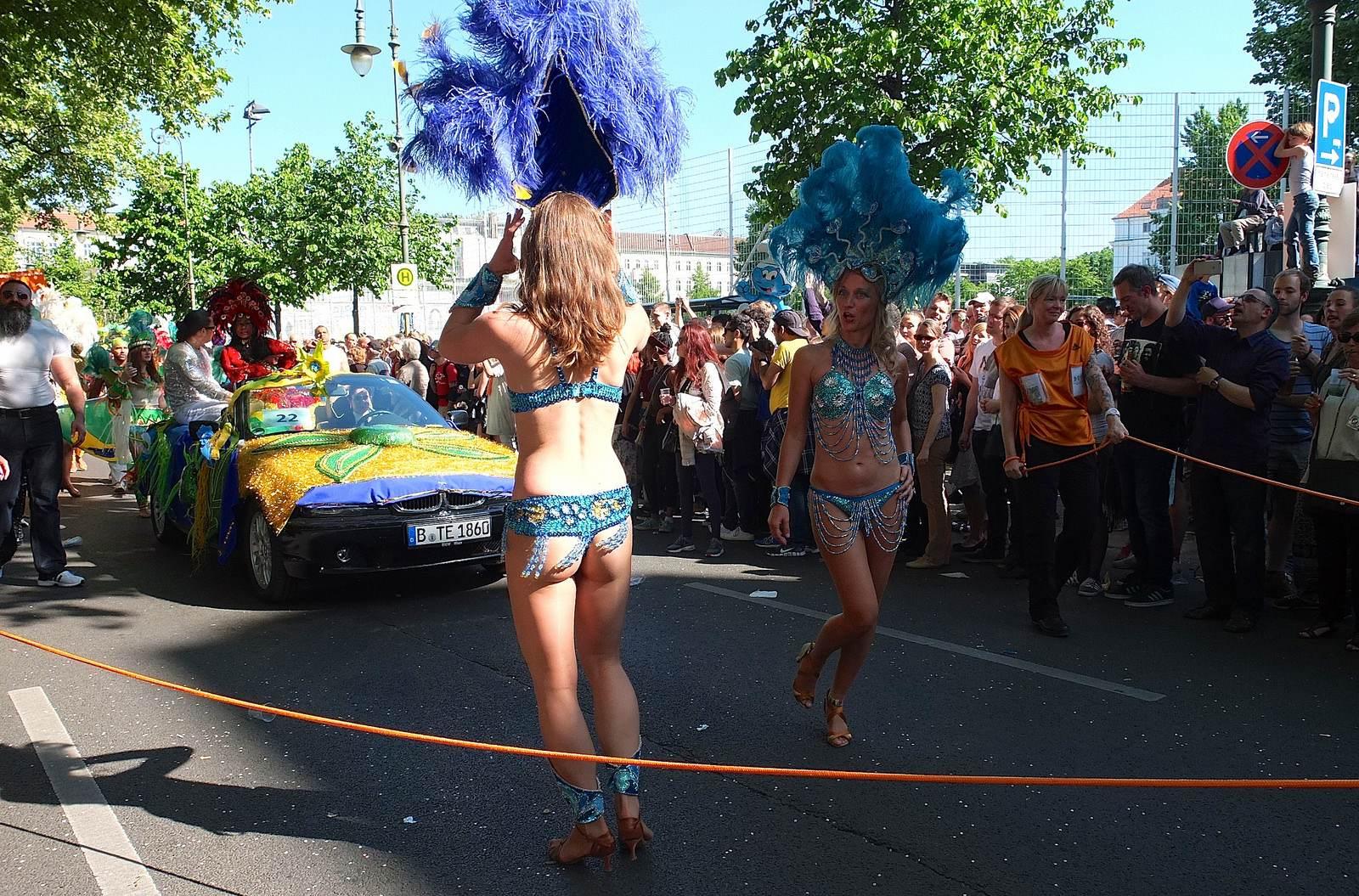 karnevalderkulturen8 KdK   Karneval der Kulturen in Berlin (Carnival of Cultures)