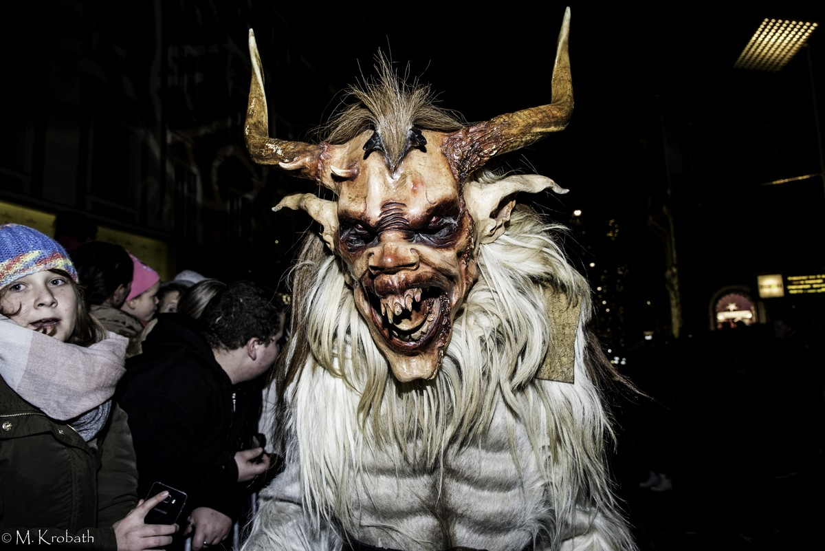 krampus perchten4 Krampus and Perchten Run in Graz, Austria