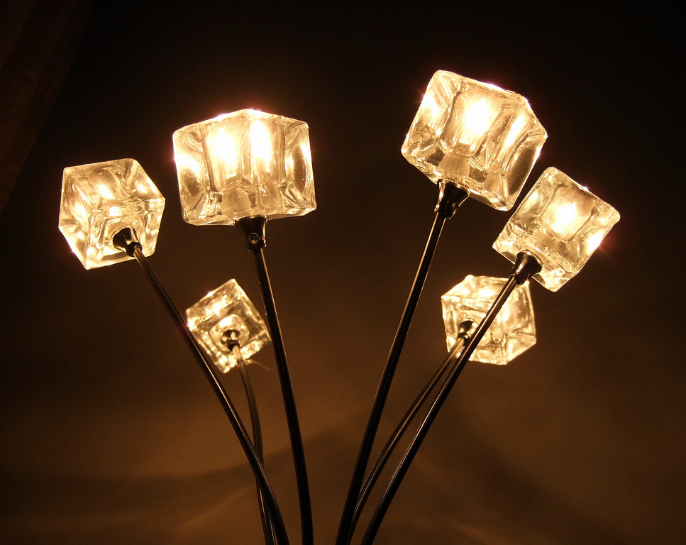 modern table lamps4 Modern Living Needs Modern Lamps Design