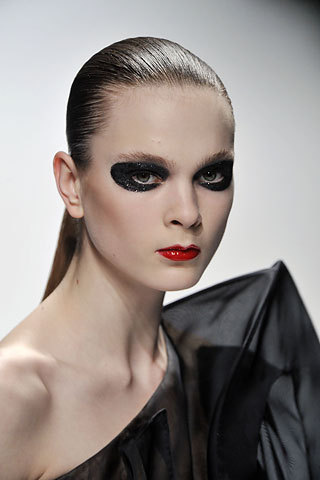 runway makeup5 Runway Makeup Tips and Trends