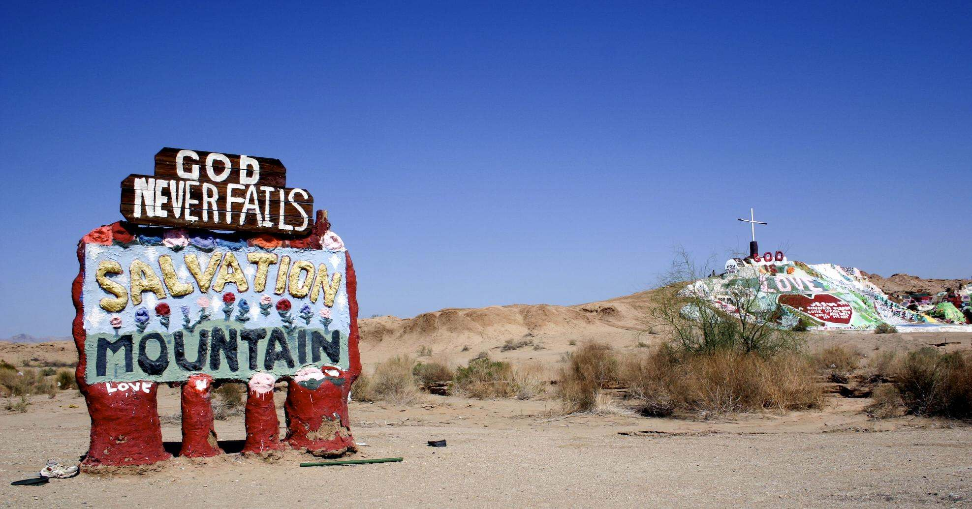salvation mountain Truly Unique Salvation Mountain in California