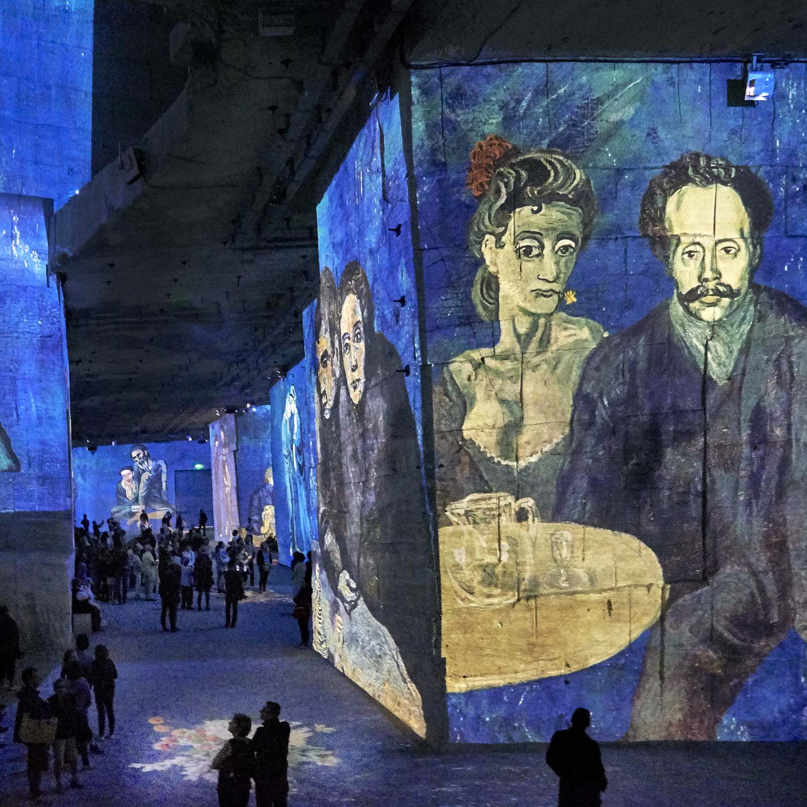 carrieres de lumieres5 Unique Exhibit Carrieres de Lumieres, Provence