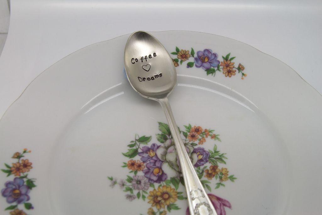 cutlery2 Cheerful Cutlery