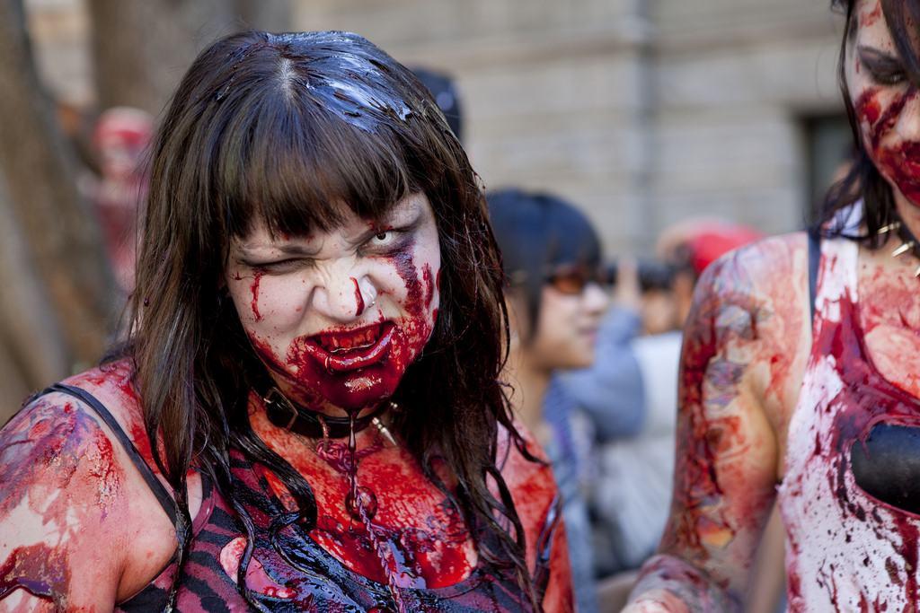 zombie6 Vancouvers Biggest Zombie Walk 2014
