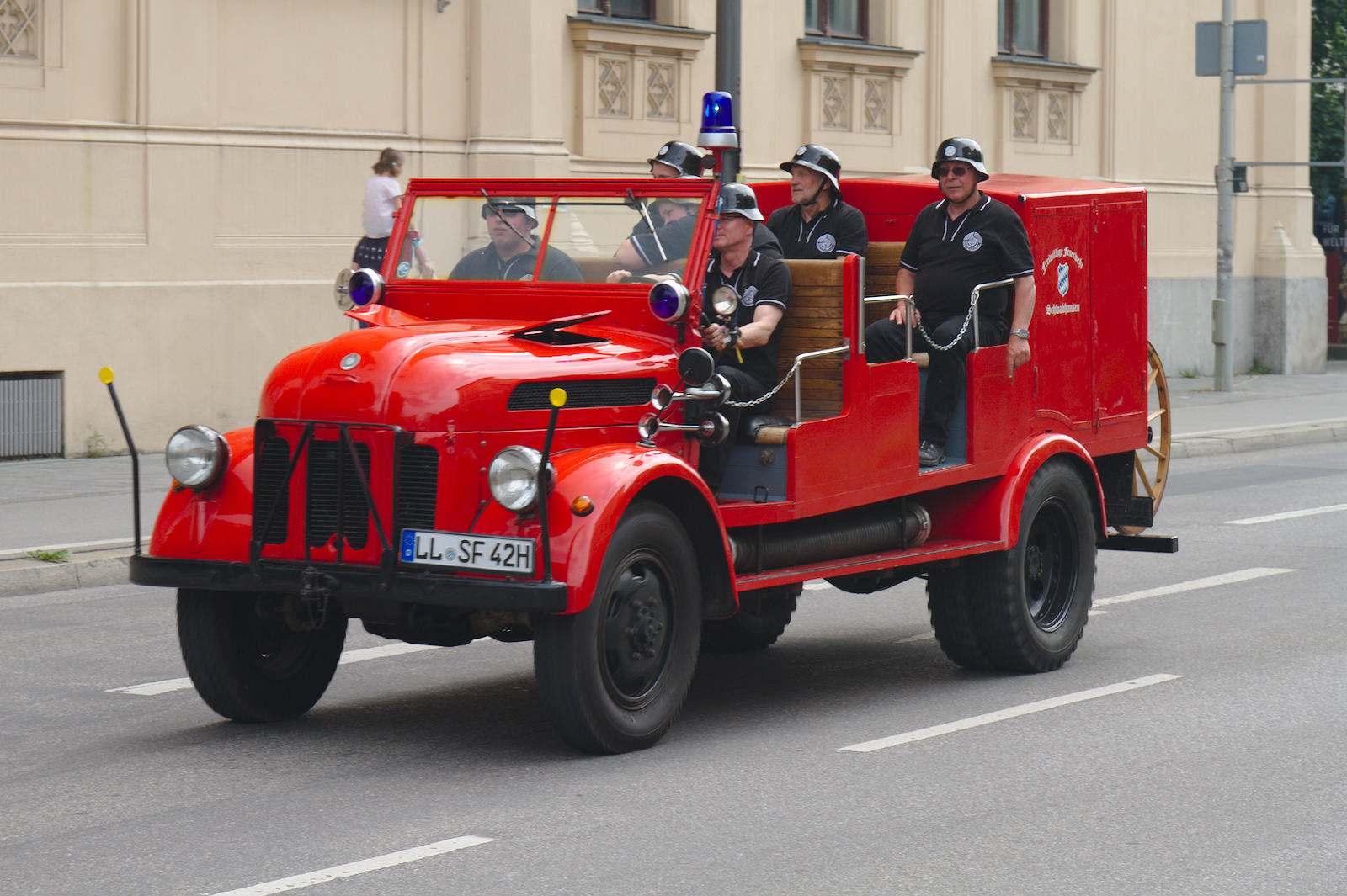 volunteer fire department5 150 Years Volunteer Fire Department in Munich