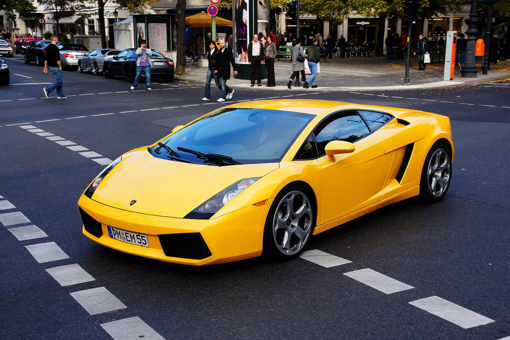 amazing supercars streets berlin13 Amazing Supercars in the Streets of Berlin