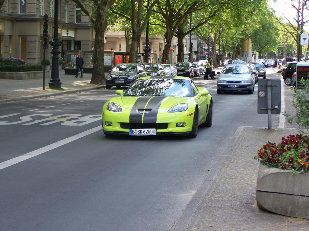 amazing supercars streets berlin21 Amazing Supercars in the Streets of Berlin