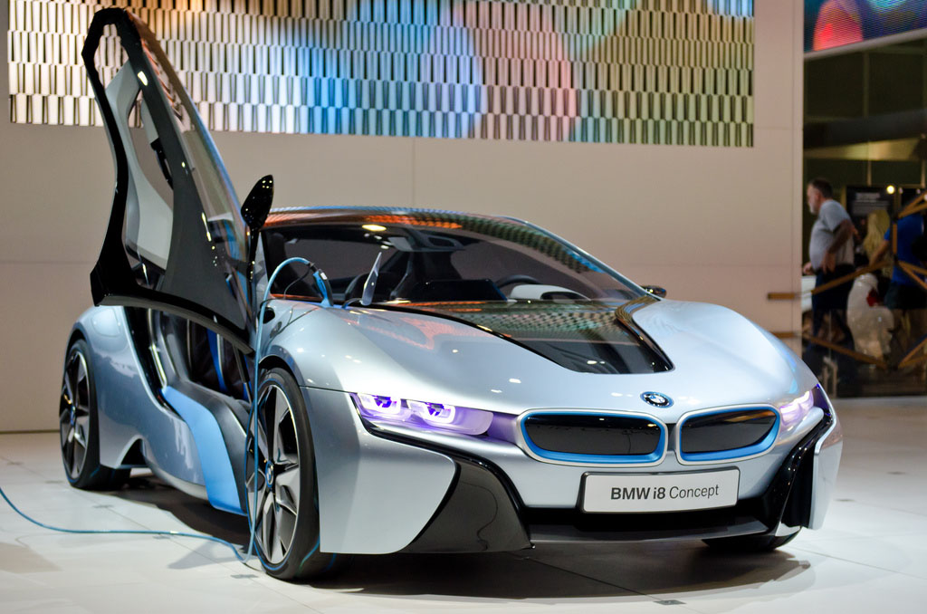 bmw concept3 BMW Looks to the Future   i8 and i3 Concept