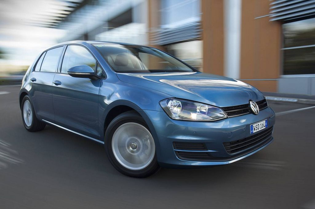 golf vii2 New Volkswagen Golf VII Driving