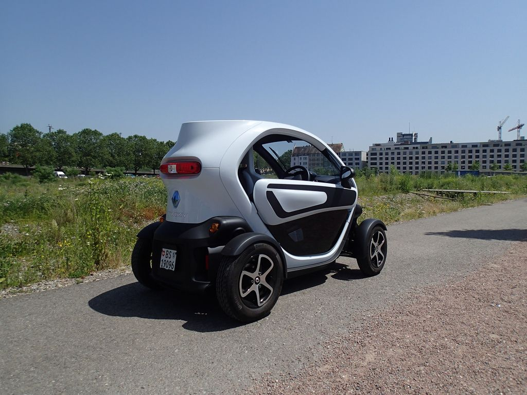 renault twizy1 Renault Twizy   Urban Electric Vehicle