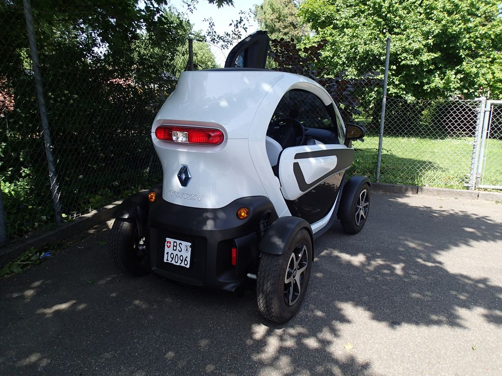 renault twizy7 Renault Twizy   Urban Electric Vehicle