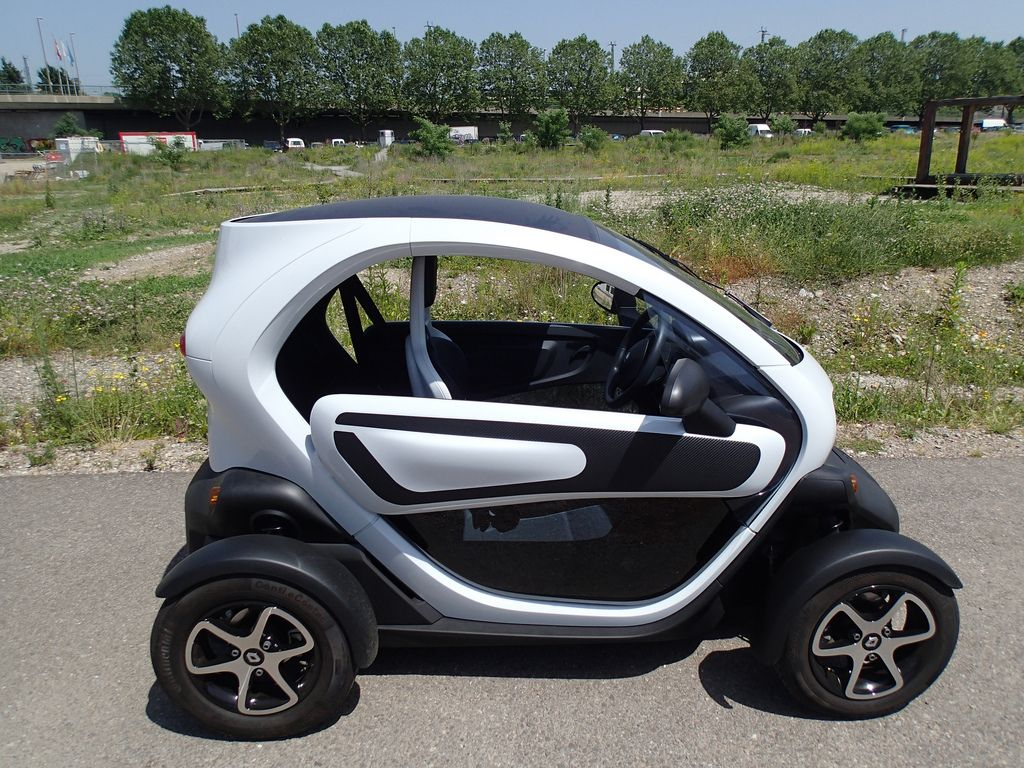 renault twizy9 Renault Twizy   Urban Electric Vehicle