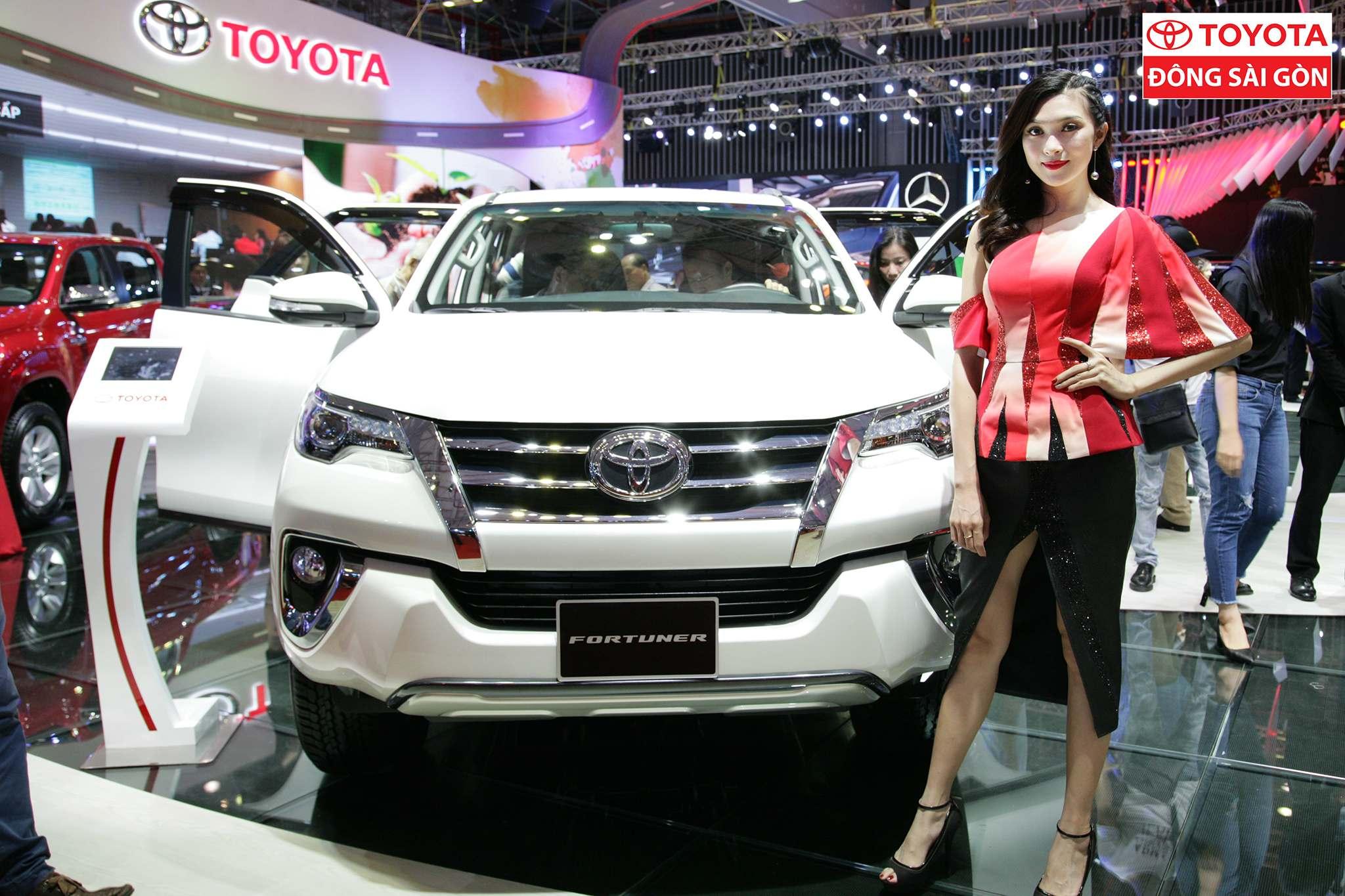 vietnam motor show 20174 Toyota at Vietnam Motor Show 2017